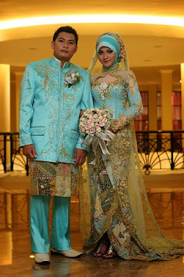 Model Baju Pengantin Muslimah Warna Biru Muda