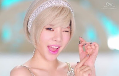 SNSD / Girls' Generation: Fashion / Look / Makeup / Hair in Lion Heart (New released)