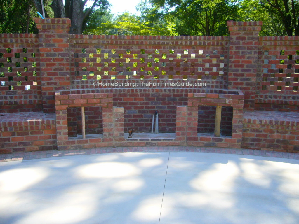 Brick laminate picture brick garden wall designs for Brick fence designs plans
