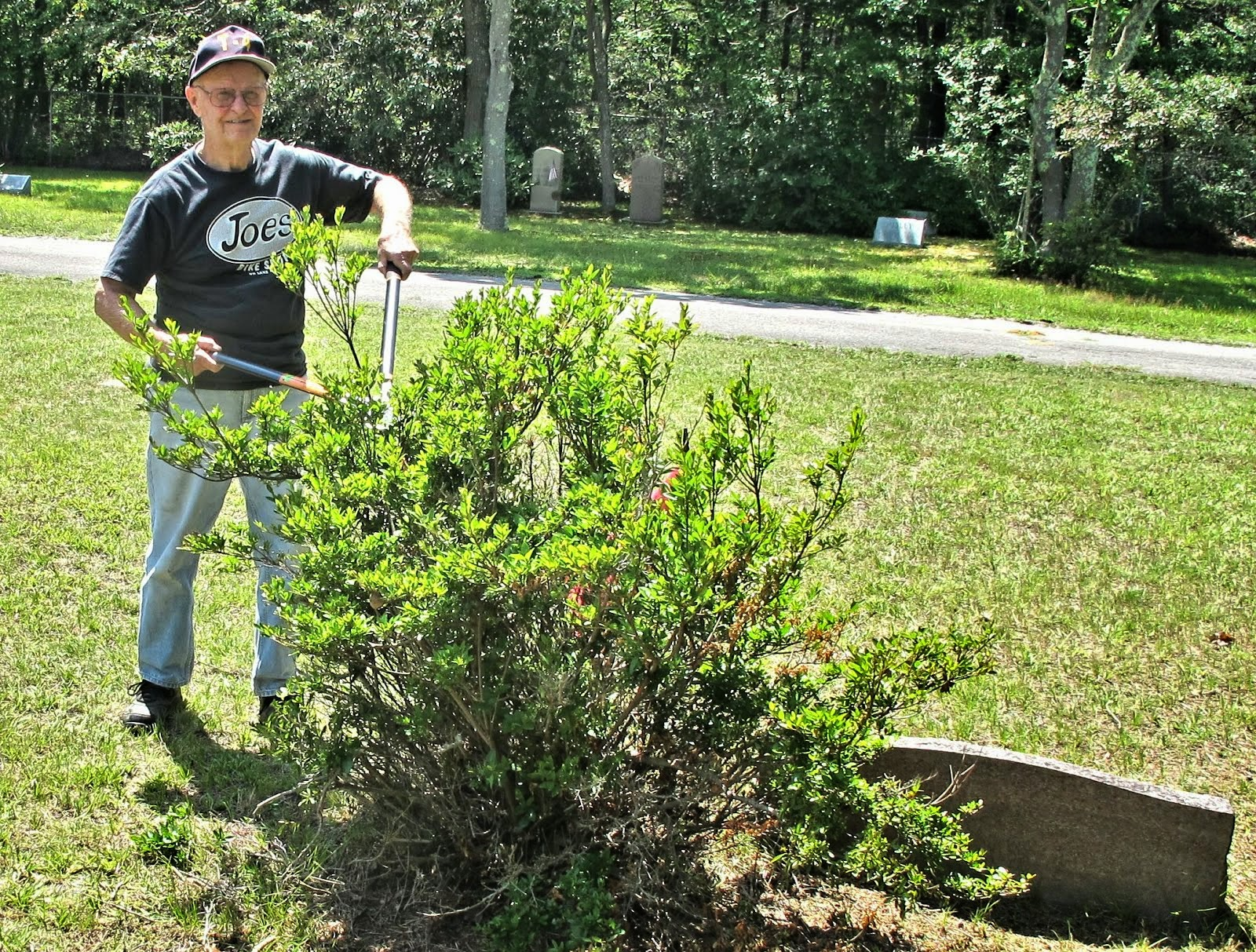brookhaven south haven hamlets oaklawn cemetery volunteer