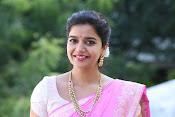 Swathi Dazzling in Pink saree-thumbnail-5