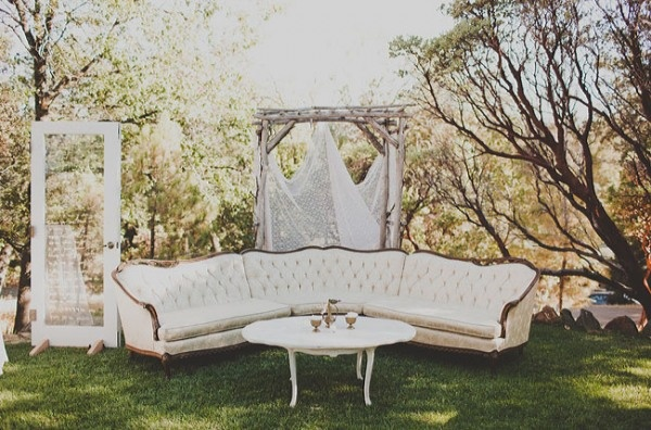 ... wedding cake at her wedding; I lusted after vintage furniture. I love  the look of an outdoor parlor set-up, with antique sofas and coffee tables  and ... - Raiding Gatsby's Attic Green Thumb Bride