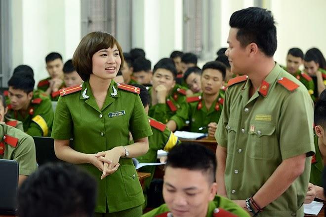 Cô giáo xinh đẹp của hàng ngàn sinh viên trường Cảnh sát
