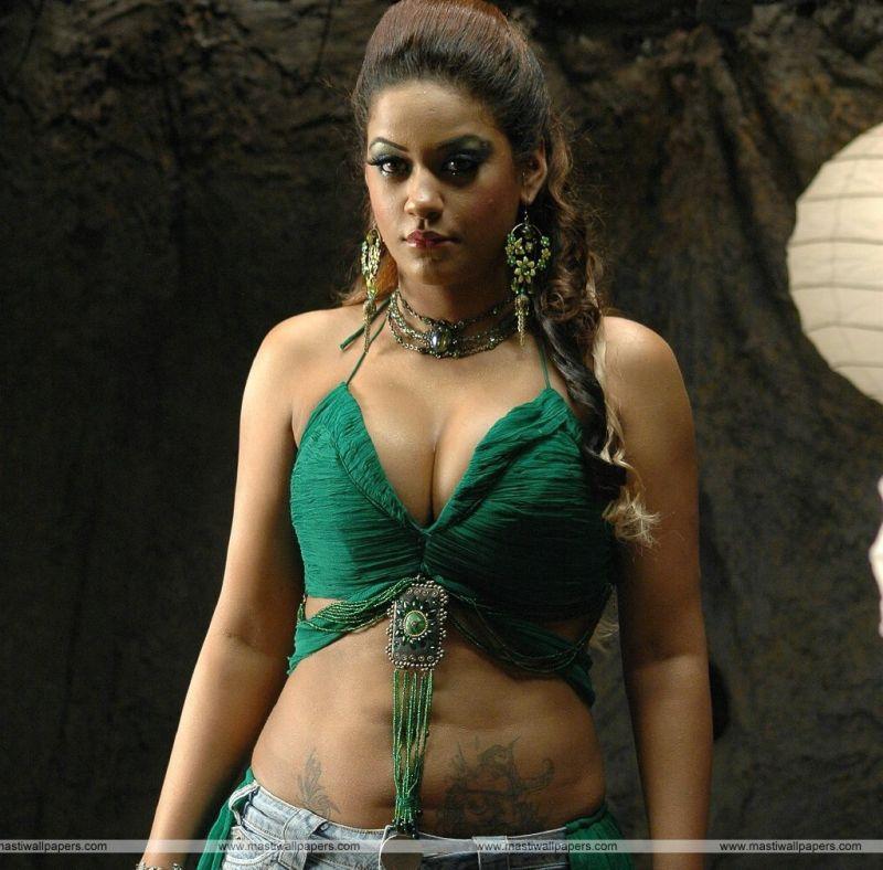 MUMAITH KHAN hot images ~ www.actresshotimages1000.blogspot.com