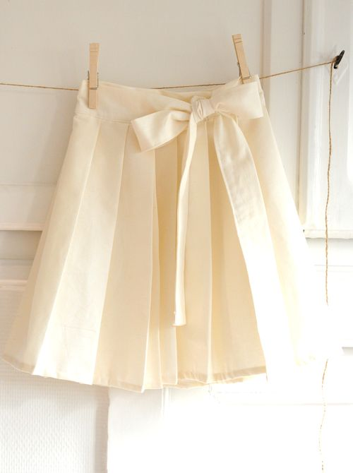 yards and yards free tutorial pleated skirt from