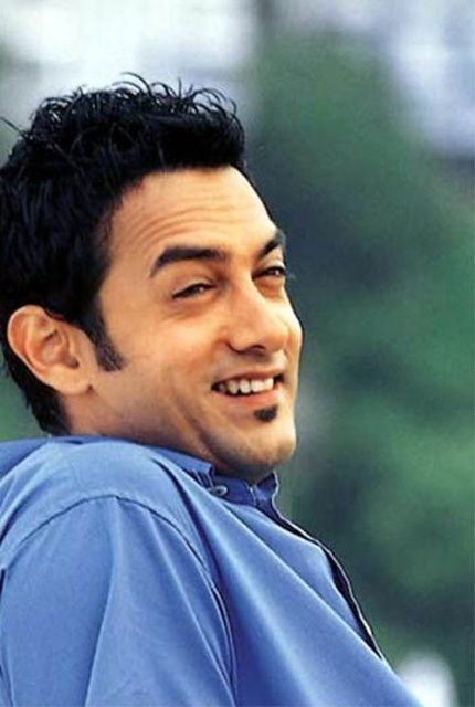 LoVeLY PhOto BLoG Amir Khan Pictures