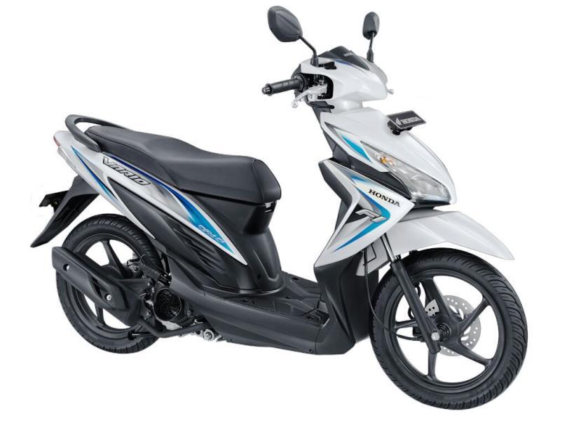 AHM resmi rilis Honda New Vario 110 FI . . . harga 15,2 Juta OTR Jakarta . . wow headlamp sudah LED . .
