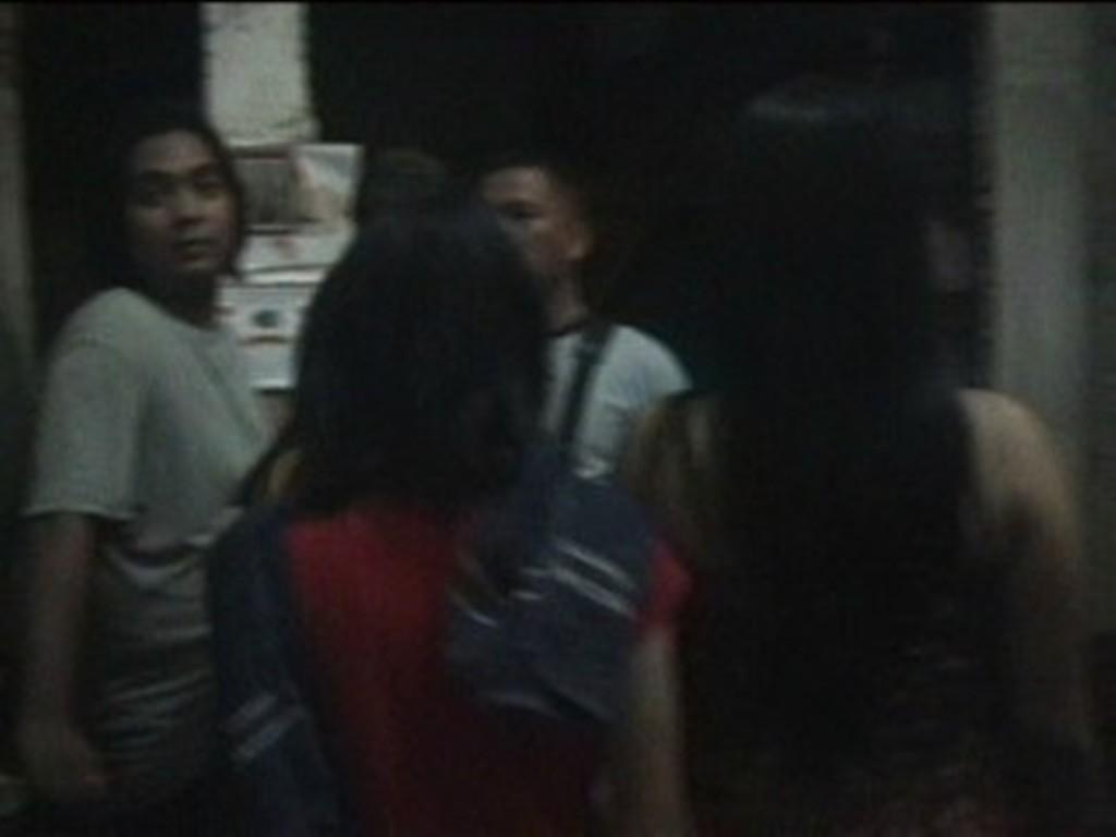 Direkam Telanjang, Dua Gadis Mengadu ke Polisi