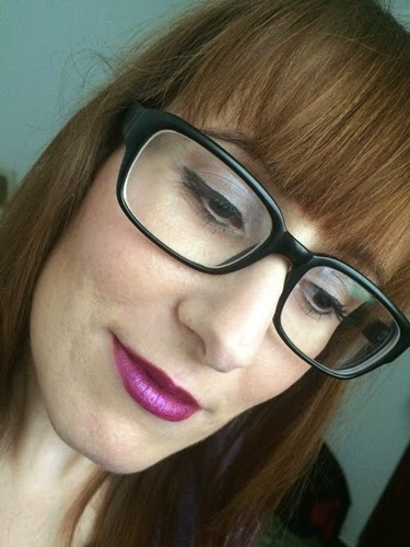 Maquillaje para chicas con gafas