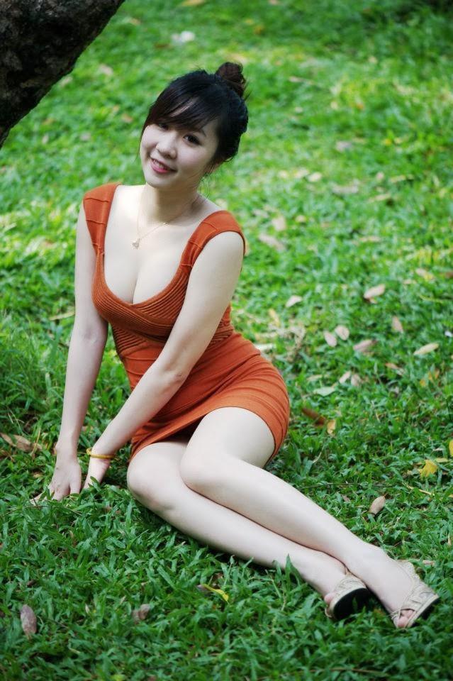 Nu Pham Nude Photos 17