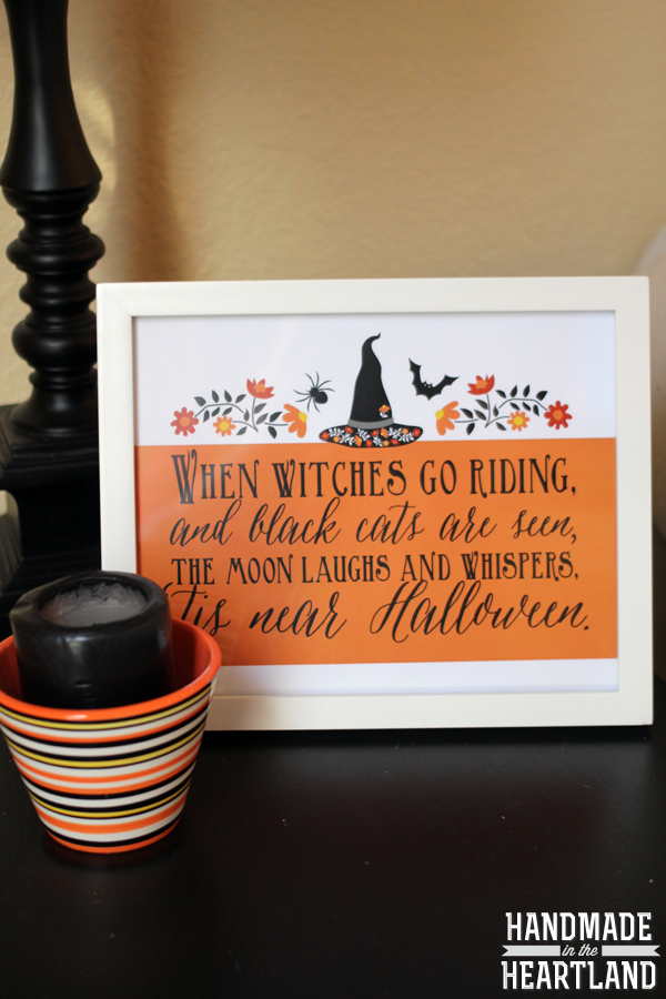 Halloween Decor: 3 Free Halloween Poem Prints