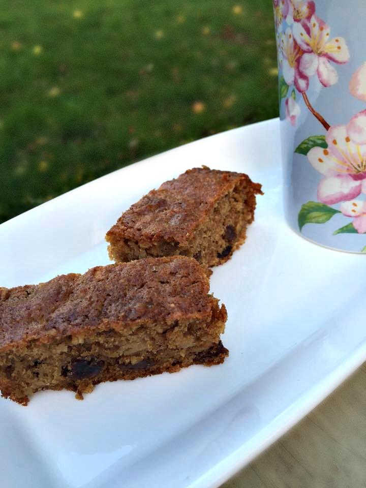 Spiced Apple Sultana Cake