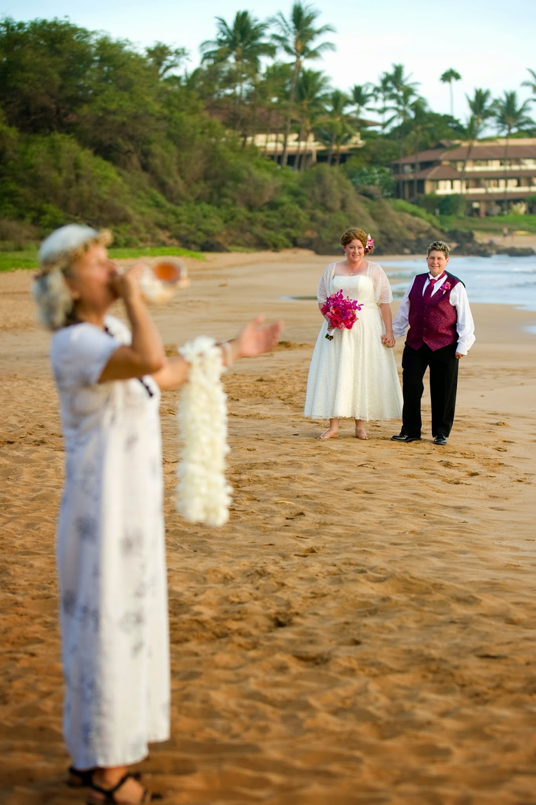 maui wedding planners, maui weddings, maui gay weddings, maui wedding photographers, maui wedding coordiantors