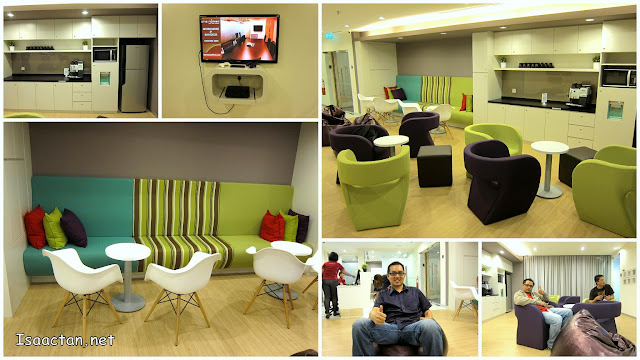 The spacious and comfortable business lounge at The Nomad Offices @ Mont Kiara