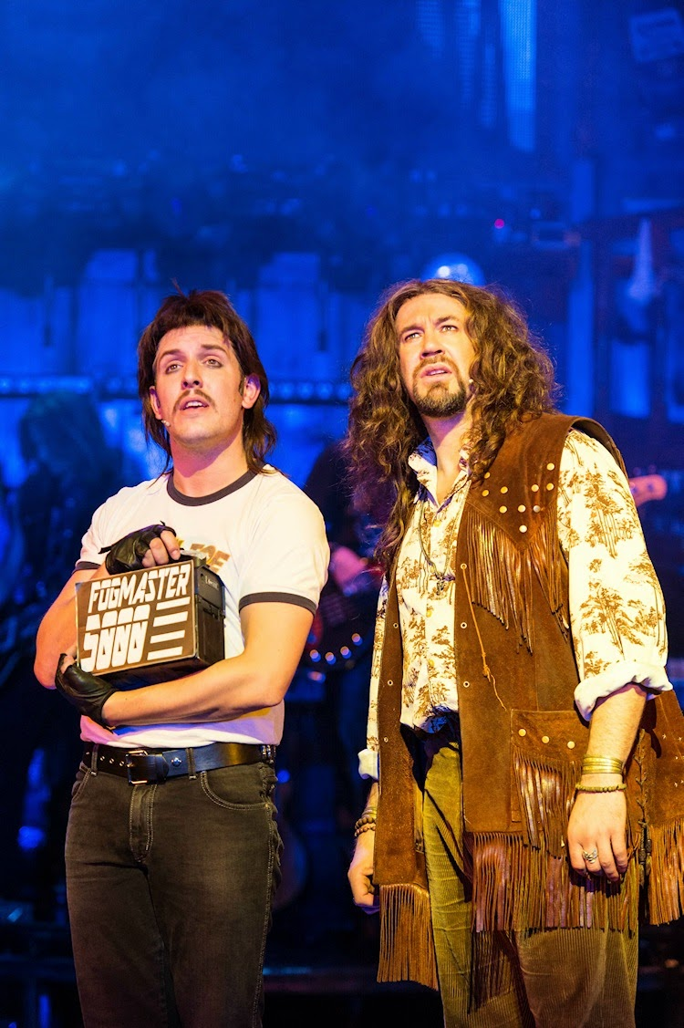 First Look Uk Tour Of Rock Of Ages Pocket Size Theatre