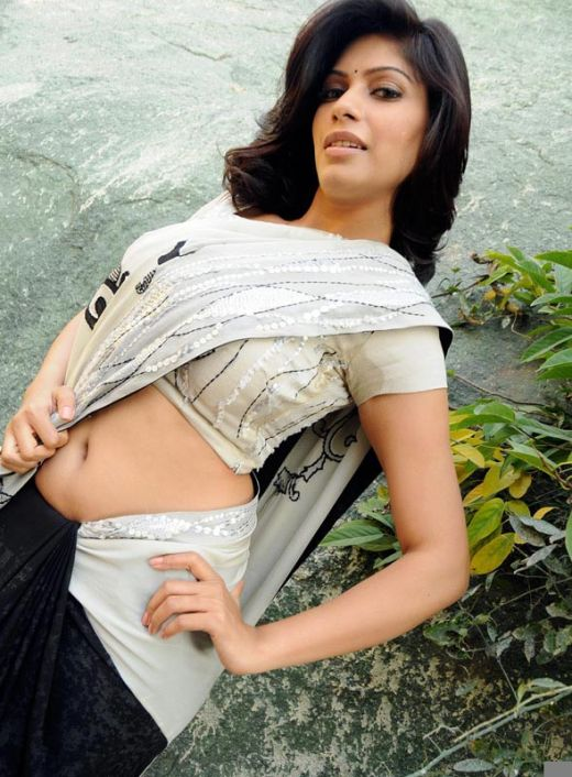South Actress Malishka Hot Stills In Saree