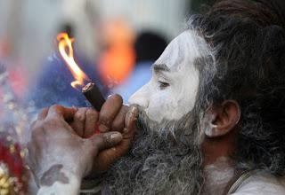 Maconha é uma dádiva de Deus, segundo os hindus