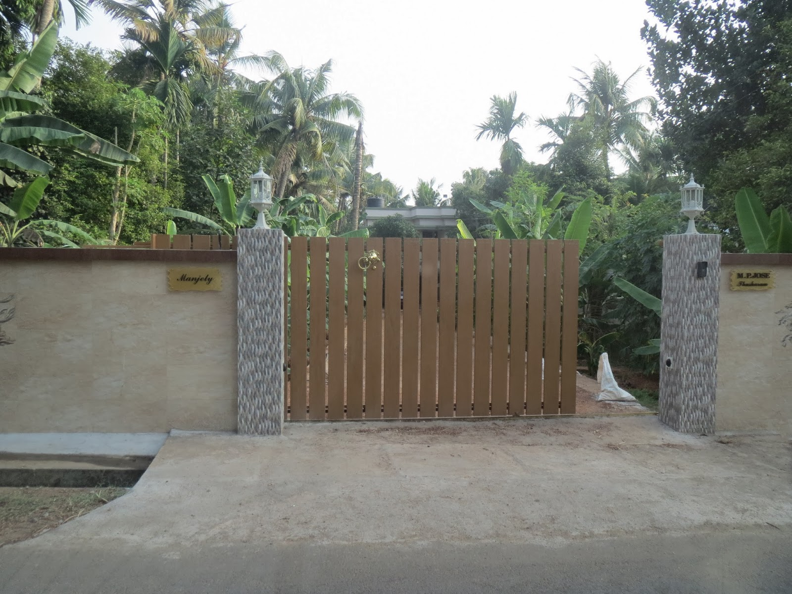 Kerala Gate Designs: Kerala House Gates