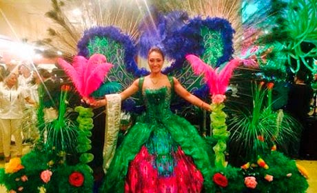 Andrea I: Reina del Carnaval Cruceño en Rhode Island