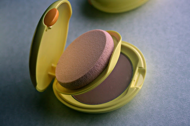 Shiseido Sun Protection Compact Foundation in SP40 Review, Photos & Swatches