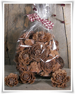 Prim Fixins Cedar Roses Natural