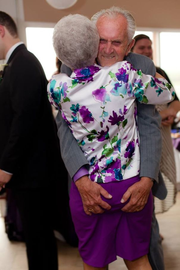 16 Elderly Couples Prove You're Never Too Old To Have Fun - Grandpa, Where Are Your Hands!