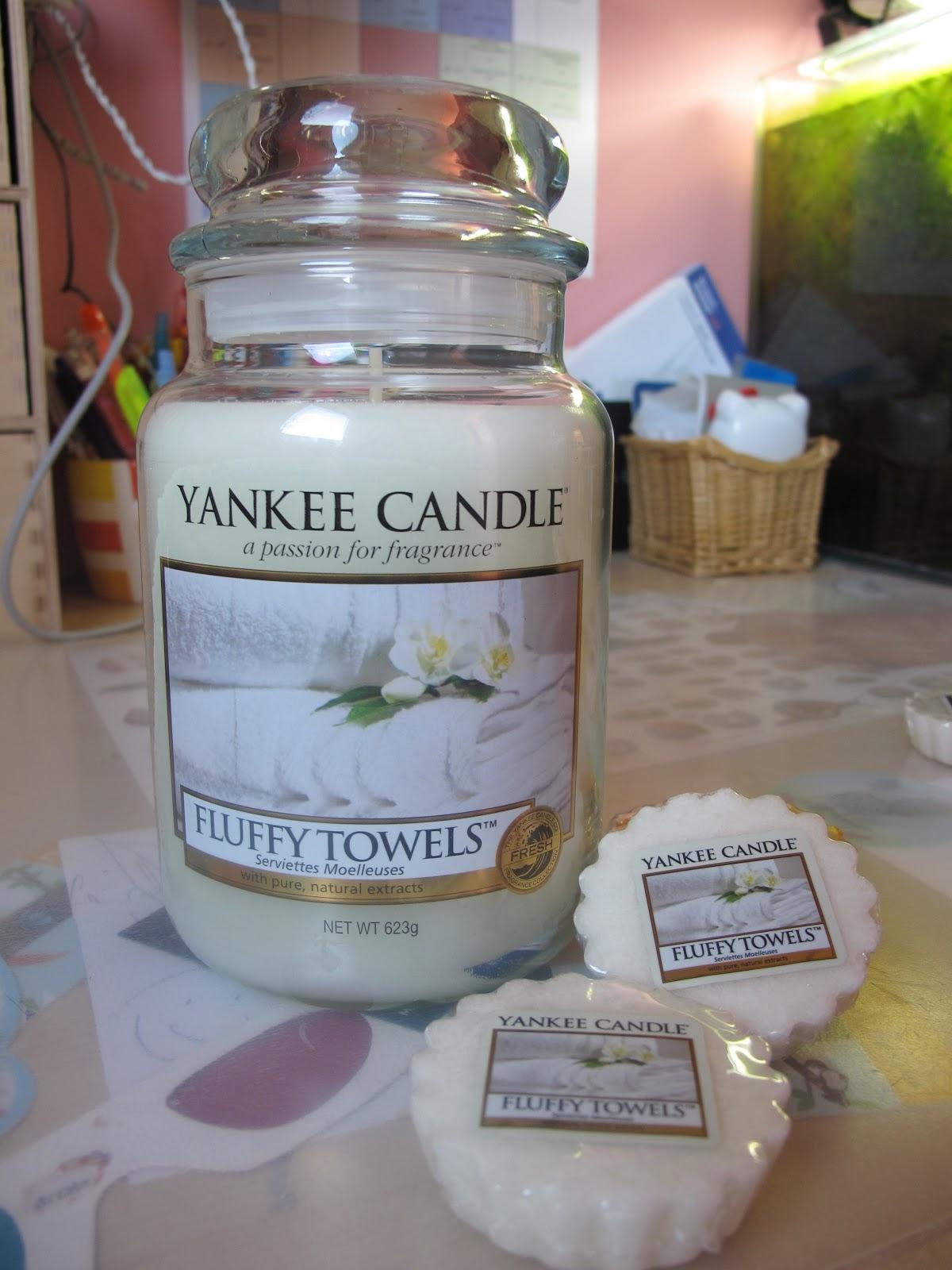 Kosmetyczny Kuferek Burn: Yankee Candle Fluffy Towels (zawieszka)