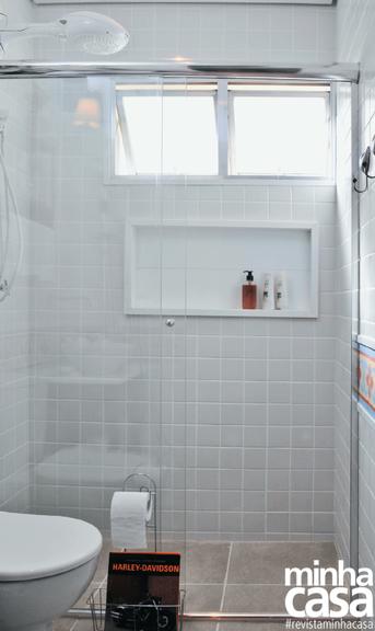 Lorena Cavalcanti Nicho escavado charmoso e funcional -> Nicho Banheiro Parede Estrutural