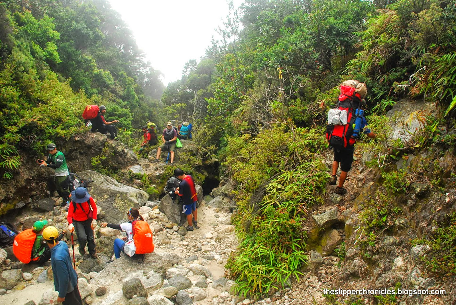 mount apo boulder trail