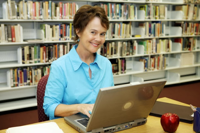 How to be an Effective Online Professor ?