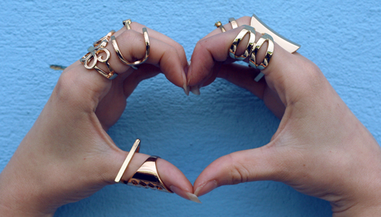 heart shaped, love heart, gold rings, lots of rings, blue,