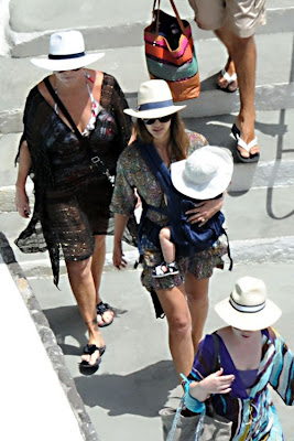 Jessica Alba, Model, Amalfi luxury hotels, find the hotels in Amalfi, Amalfi luxury travel, Amalfi luxury vâction, Italy, Italy vacation, Italy luxury hotel, Italy travel