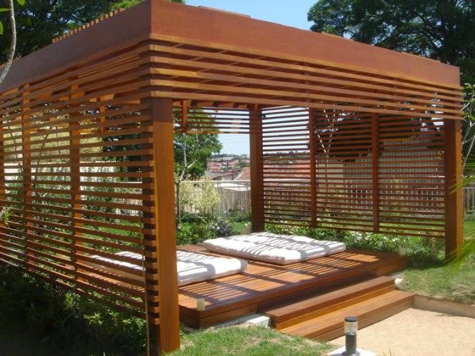 grades madeira jardim:atenção fica por conta da manutenção que exige pintura ouverniz