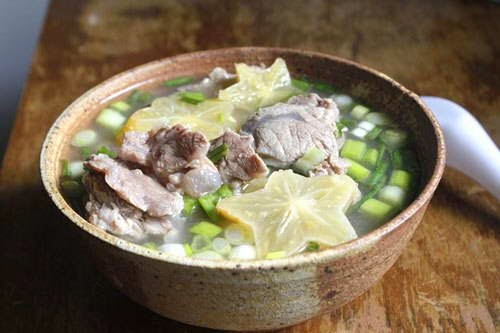 Beef Hindshank Soup with Star Fruit - Canh Bắp Bò Nấu Khế