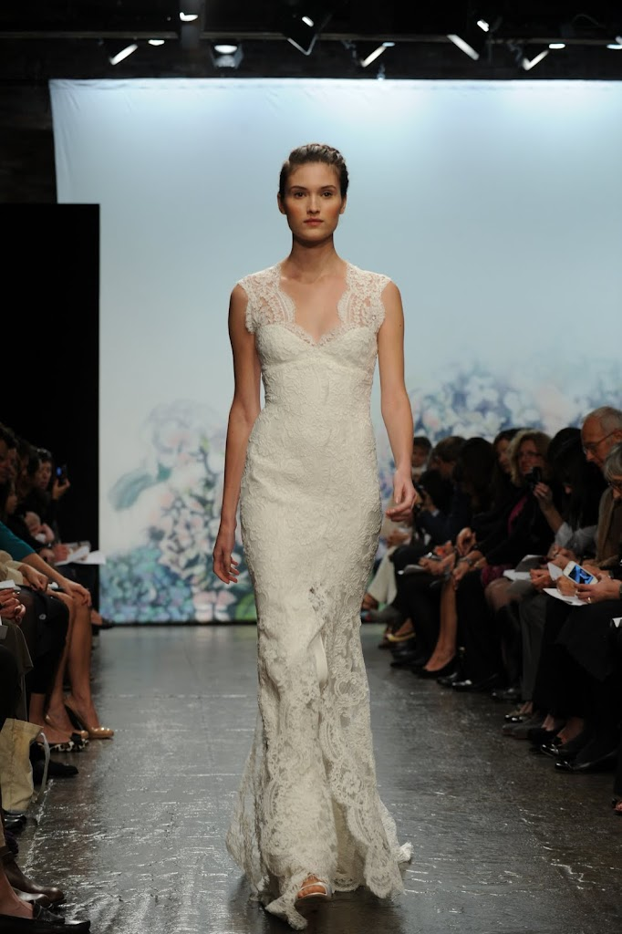 Monique_Lihillier_Wedding_Dress_Lace