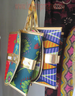 Dompet dari kain Songket Sidemen