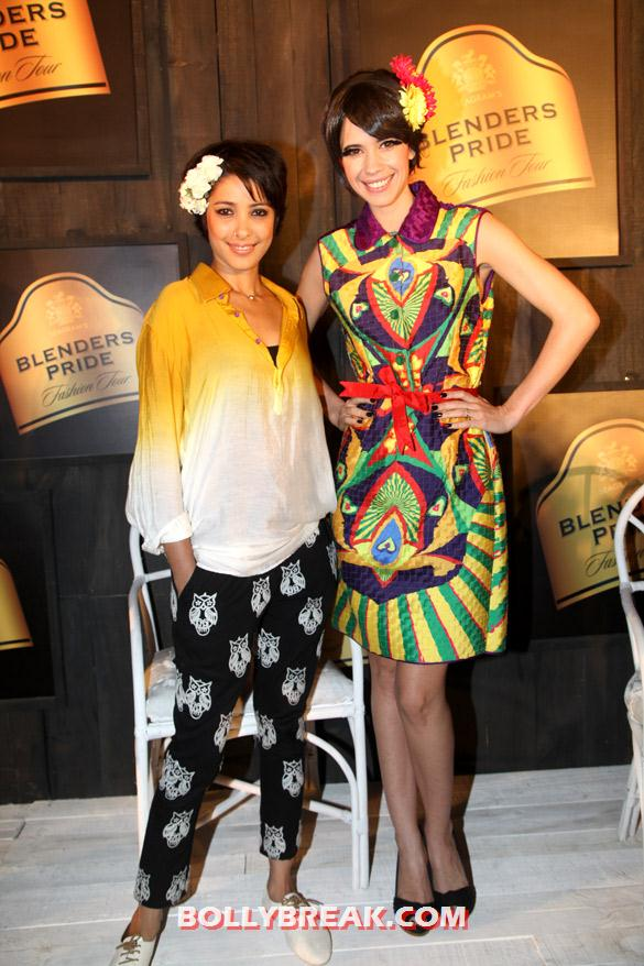 Nida Mahmood, Kalki Koechlin Seagram's Blenders Pride Fashion Tour 2012 - (5) - Seagram's Blenders Pride Fashion Tour 2012 Photos