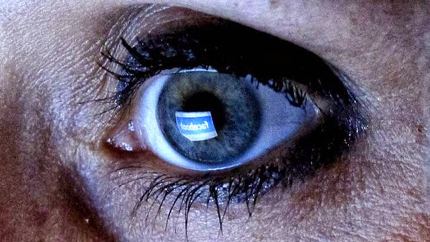 Facebook Allows Return Of Beheading Videos, But Nipples Are Still NO-NO