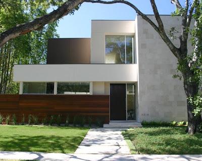 Aplicación correcta de piedra y madera a una casa