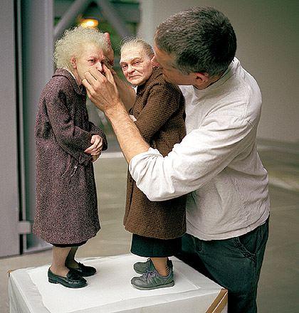 تماثيل-من-الشمع-خدع-بصرية-Ron-Mueck