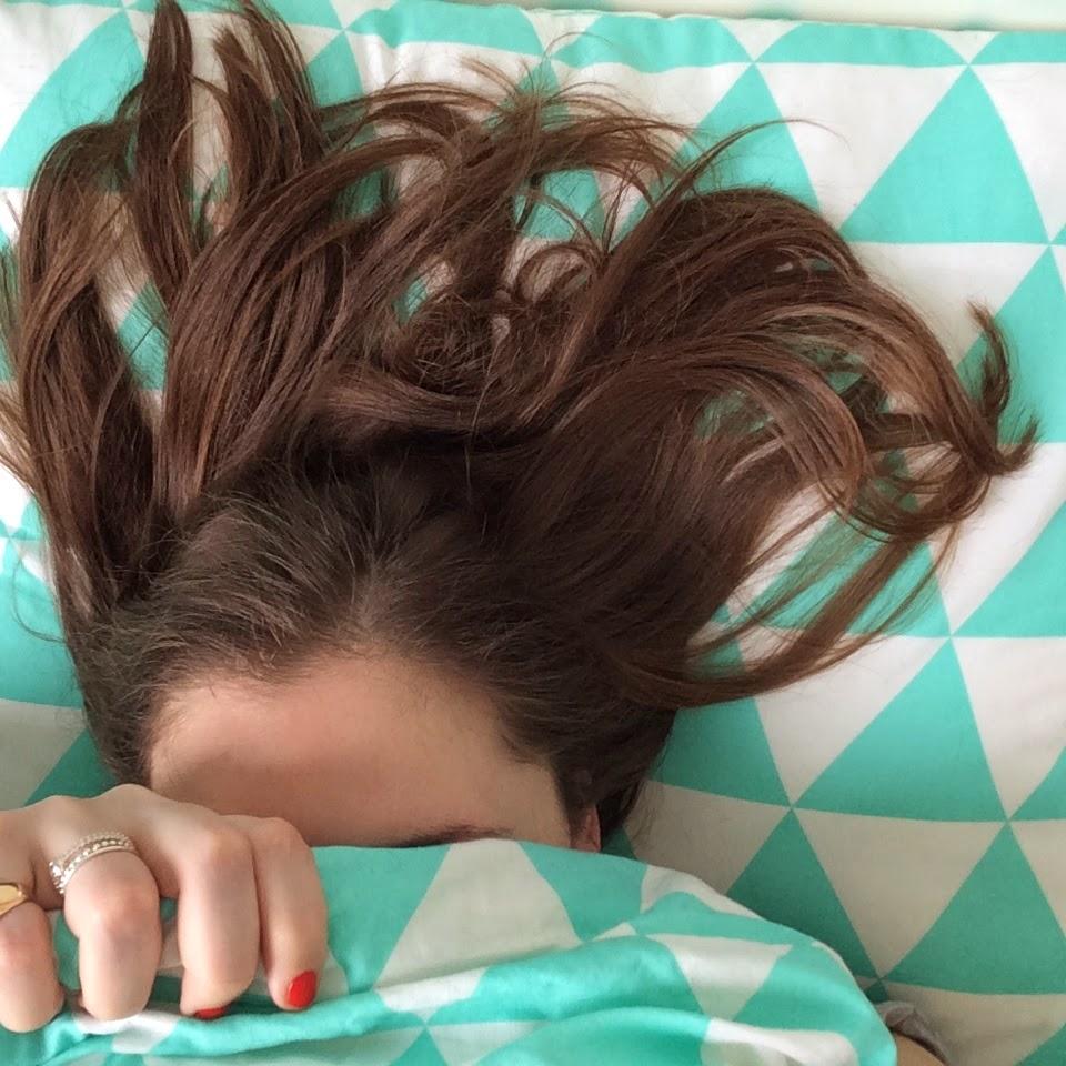 cheveux au lit