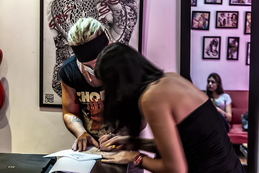 Trabajo de diseño de tatuaje con Pablo DzG y Adriana Ramirez