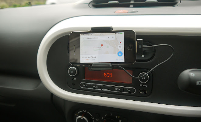Renault Twingo phone cradle