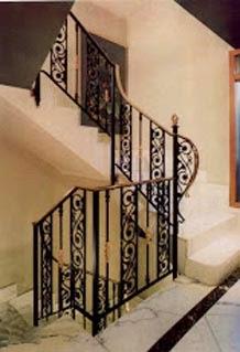 L'escalier en colimaçon en métal
