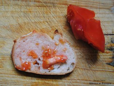 pain au tomate