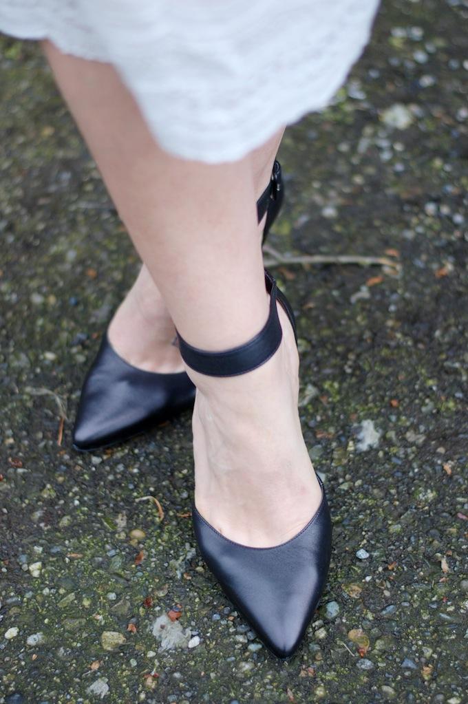 Le Chateau ankle strap pumps Covet and Acquire
