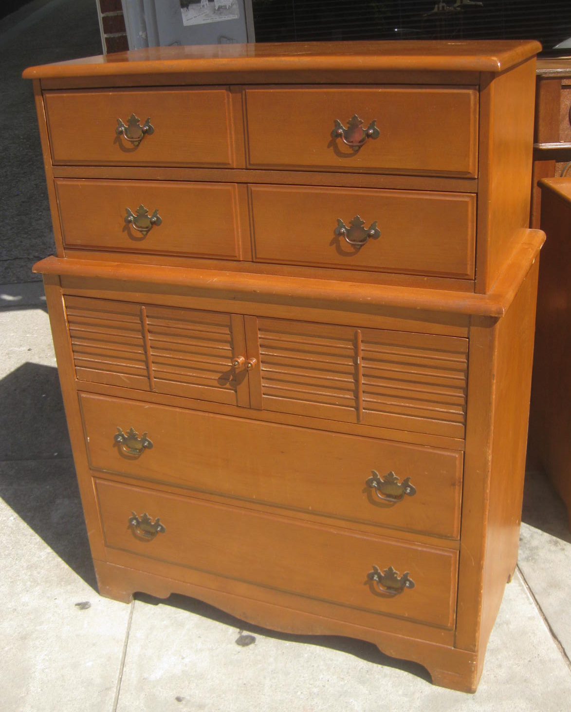 Uhuru Furniture Collectibles Sold Maple Bedroom Set