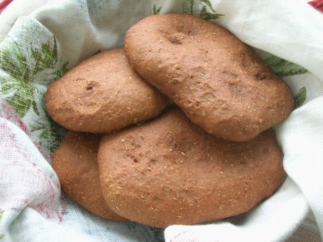 Cocoa Pitta Breads