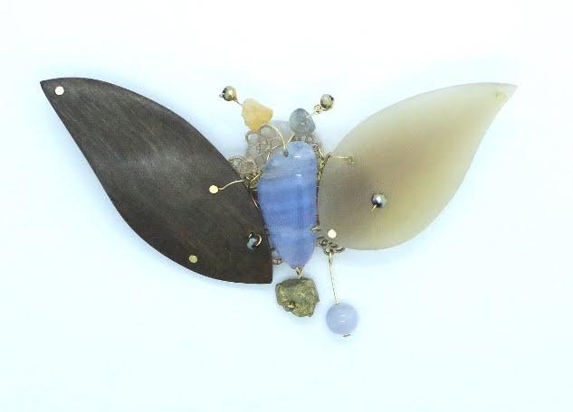 Et déjà un papillon ...