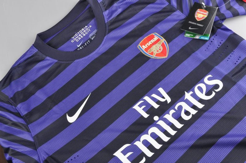 jersey arsenal away ungu 2013